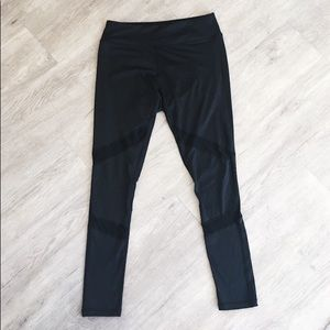 Pants - BLACK LEGGINGS WITH MESH PATTERN